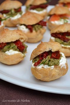 Nathou recipes: Small salted sprouts for aperitif! Pesto, Healthy Eating Tips, Healthy Recipes, Appetizer Recipes, Appetizers, Mini Hamburgers, Christmas Party Food, Catering Food, Vegetable Drinks