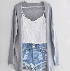 I like this outfit. I want it!