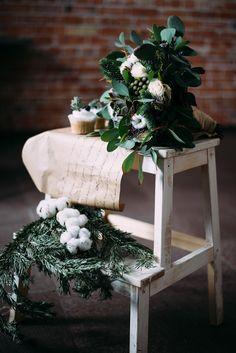 Herbstinspiration: Hochzeitsdeko mit Baumwolle - Hochzeitskiste Christmas Wreaths, Inspiration, Holiday Decor, Home Decor, Newlyweds, Rustic, Decorating, Fall, Cotton