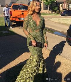 2018 Prom Dresses with Long Sleeves Green Mermaid Arabic Prom Dresses Long Froal Flower V-Neck Evening Dress Turquoise Prom Dresses, Prom Girl Dresses, Prom Dresses 2015, Prom Outfits, Mermaid Prom Dresses, Dresses Dresses, African Evening Dresses, Prom Goals, Style Africain