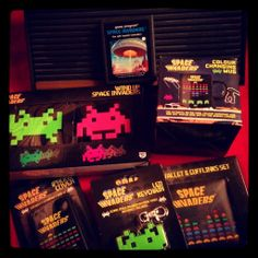 Space Invaders swag Vintage Video Games, Retro Video Games, Space Invaders, Shooting Games, Old Video, Video Game Console, Arcade, Swag, Gaming