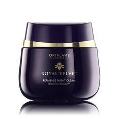 Royal Velvet Repairing Night Cream Nourishing night cream with Black Iris Infusion to restore the skin's natural youth and improve firmness overnight. Faster firming-effect when combined with Royal Velvet Day Cream. 50 ml. Cream For Oily Skin, Skin Care Cream, Black Iris, Cream Wedding, Skin Firming, Natural Cosmetics, Facial Skin Care, Moisturizer, Velvet
