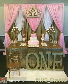 Pink and gold birthday party theme. So pretty! – first birthday party decor – m… - Baby Shower Party Decorations Party Kulissen, Gold Party, Shower Party, Baby Shower Parties, Baby Shower Themes, Baby Shower Decorations, Shower Ideas, Party Ideas, Party Wall Decorations