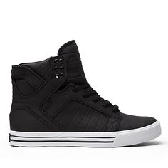 Supra Men's Skytop Black Snakeskin/Embossed Suede Men's Women's 9 D Supra Sneakers, Supra Shoes, Supra Footwear, Cute Shoes, Me Too Shoes, Nico Robin, All Black Sneakers, High Top Sneakers, Moda Masculina