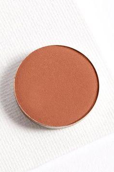 Conundrum matte warm brown Pressed Powder eye shadow