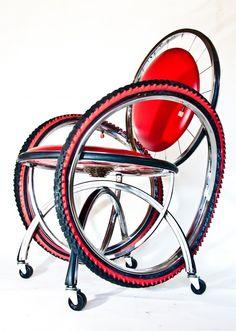 Silla realizada con partes de bicis / Chair made with bike parts
