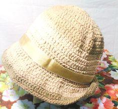 Lindos chapéus de crochê em bege e castanho degrade, nos tamanhos P M G    EXCLUSIVIDADE MIMOS DE SILVINHA R$ 78,00