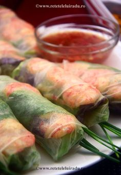 Spring rolls with prawns, herbs, rice vermicelli, lettuce and nuoc cham sauce