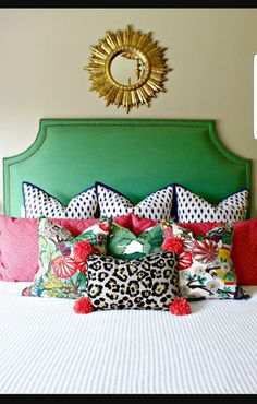 8 Stupendous Cool Tips: Decorative Pillows Crochet rustic decorative pillows faux fur.Decorative Pillows Couch Trays decorative pillows on bed king.Decorative Pillows For Teens Signs. Leopard Tapete, Home Bedroom, Bedroom Decor, Bedroom Furniture, Furniture Ideas, Bedroom Wall, Master Bedroom, Wall Decor, Gouts Et Couleurs