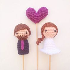 Cutest Hand Crocheted Wedding Cake Toppers ~ we ❤ this! moncheribridals.com