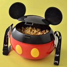 New Tokyo Disneyland Disney Mickey Popcorn bucket container Japan park suvenior Disney Mug, Disney Home, Disney Mickey, Walt Disney, Disney Desserts, Disney Snacks, Mickey Mouse Desserts, Disney Souvenirs, Cozinha Do Mickey Mouse