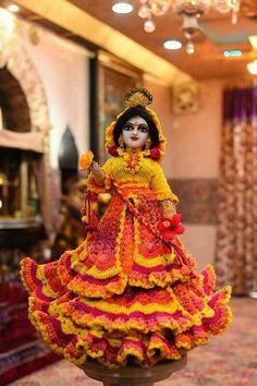 Radha Krishna Wallpaper, Lord Krishna Images, Radha Krishna Pictures, Radha Krishna Photo, Krishna Photos, Krishna Art, Iskcon Krishna, Shree Krishna, Radhe Krishna
