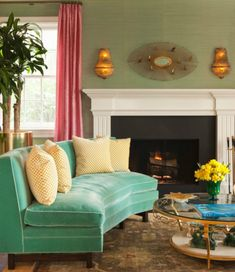 21 Vibrant Colored Sofa Design Ideas to Break the Monotony in the Living Room Eclectic Living Room, Transitional Living Rooms, Living Room Modern, Living Room Designs, Living Room Decor, Small Living, Dining Room, Sofa Design, Interior Design