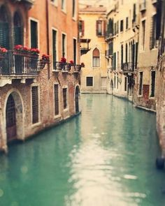 Venecia. Hopefully when I am studying abroad I can see Venice FINALLY