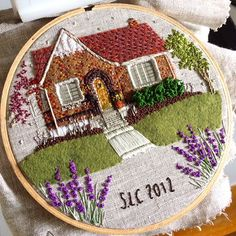 If you have ever picked up an embroidery publication, you understand that we have a ton stitch possibilities. Theresa Lawson of The Monsters Lounge blends woven stitches, French knots, applique, and more to create embroidered houses Hand Embroidery Stitches, Beaded Embroidery, Cross Stitch Embroidery, Embroidery Designs, Motif Mandala Crochet, Portrait Embroidery, Contemporary Embroidery, Creative Embroidery, Thread Painting