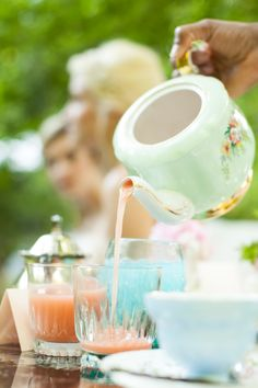 Cocktails from a Teapot  #reneebrockphotography #vintageenglishteacup