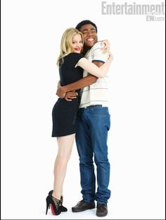 Gillian Jacobs and Donald Glover at EW Comic Con Photo Booth Community Tv Show, Community College, Gillian Jacobs Love, Donald Glover, Childish Gambino, Celebs, Celebrities, Famous Faces, New Girl