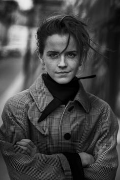 From inception to present works, take a journey into Peter Lindbergh's creativity. Peter Lindbergh, Portrait Photography, Fashion Photography, Portraits, Famous Photographers, Iconic Women, Christy Turlington, Actors & Actresses, Poster