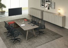 Ray Desk
