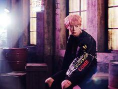 Chanyeol - 161206 'Coming Over' album contents photo Credit: 贝贝no貝貝. Park Chanyeol Exo, Baekhyun, Exo Coming Over, Exo Chanbaek, Kyung Hee, Exo Album, Neon Wallpaper, Kpop, Album Releases