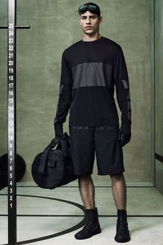 Shop menswear activewear street-style clothes | Curated daily free personalized style advice | Outfits for man runway | Buy mensfashion