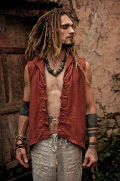 Bohemian Stylish Clothes For Men 26 Hippie Man, Hippie Style, Bohemian Style Men, Look Boho, Hippie Chic, 70s Hippie, Hippie Vibes, Dreads, Boho Fashion