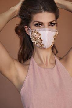 Mask with golden lace — A Kiss - By Anna Kiss - Fashion designer Diy Mask, Diy Face Mask, Face Masks, Nose Mask, Half Mask, Maskcara Beauty, Fashion Face Mask, Crepe Fabric, Cotton Fabric