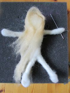 Introduction To Felting: How To Make A Felted Doll - Happy Family Art Felt Crafts Dolls, Easy Felt Crafts, Baby Crafts, Wool Needle Felting, Needle Felting Tutorials, Fuzzy Felt, Felt Fairy, Felt Birds, Felted Slippers
