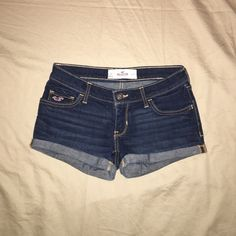 Hollister Jean Shorts Plain pair of Hollister jean shorts! Looks like new! Barely worn! Low rise and cuffed! Hollister Shorts Jean Shorts