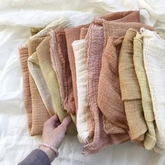 How to dye even colours (and why you might not want to) – Rebecca Desnos Textiles, Natural Dye Fabric, Natural Dyeing, Shibori, Pijamas Women, Muslin Fabric, Monochrom, Cheese Cloth, Art Journal Techniques