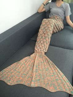 Comfortable Fish Scale Knitted Sofa Mermaid Blanket