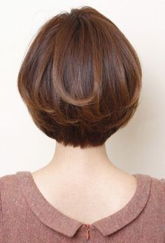 Women Hair Highlights Over 40 - Short Hair Styles Short Hair Cuts For Women, Medium Hair Cuts, Medium Hair Styles, Curly Hair Styles, Wedge Hairstyles, Bob Hairstyles, Ladies Hairstyles, Short Haircuts, Hair Styles 2014