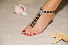 Google Image Result for http://www.katherinesjewelry.com/Emerald%2520Celtic%2520Barefoot%2520Sandals.jpg