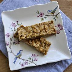 Scrambled Henfruit: Peanut Butter Granola Bars
