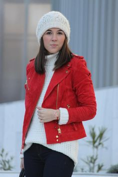 Leticia, de My Fashion Mirror, con nuestra Pulsera Love en rojo ^^