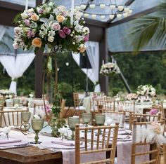 Wedding in the daylight : centerpieces