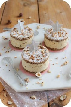 individuels praliné succès noël Succès Praliné individuels Noël You can find Cheese cake recipe and more on our website Passover Desserts, Mini Desserts, Easy Desserts, Dessert Recipes, Thermomix Desserts, Cake Recipes From Scratch, Homemade Cake Recipes, Mini Cheesecakes, Mini Foods