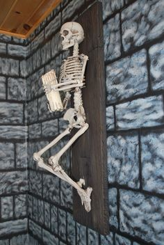 DIY Skeleton Sconce
