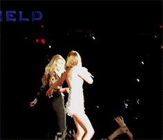 Taylor, Gigi Hadid & Martha Hunt on stage