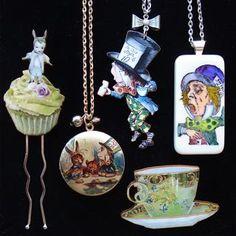 Alice in Wonderland super super cute <3Bella