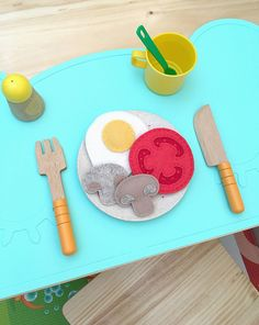 Back in April I shared my first felt play food DIY -