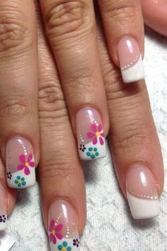 Nail art is one of many ways to boost your style. Try something different for each of your nails will surprise you. You do not have to use acrylic nail designs to have nail art on them. Here are several nail art ideas you need in spring! Spring Nail Art, Nail Designs Spring, Toe Nail Designs, Spring Nails, Summer Nails, Fancy Nails, Cute Nails, Pretty Nails, Fabulous Nails