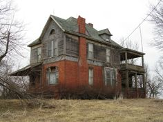 Missouri..never seen one with brick just on the first floor, wonder if second story was an add-on?