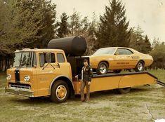 Orlando Lincoln Mercury Dealers drag hauler with Mercury Cyclone