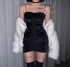 K-Style December 05 2019 at fashion-inspo Bad Fashion, Korean Girl Fashion, Asian Fashion, Fashion Outfits, Fashion Clothes, Fashion Women, Style Fashion, Fashion Ideas, Fashion Tips