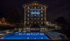 A 100 year old hotel that has undergone a recent renovation - Hotel Mont Blanc, Chamonix A luxury ski hotel available to book through Kaluma Travel - luxury tailor-made ski holiday specialists. Hotels And Resorts, Best Hotels, Luxury Hotels, Chamonix Mont Blanc, Spa, Ski Holidays, 5 Star Hotels, Event Venues