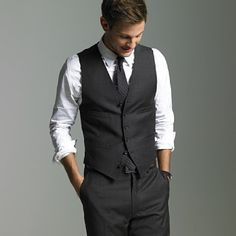 Groom will be wearing something pretty much like this (except it'll fit better than this does :p) and he will have a double blue boutoneirre