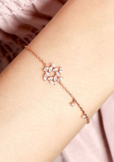 Gold Jewelry Simple, Dainty Jewelry, Cute Jewelry, Jewelry Accessories, Jewelry Design, Pearl Necklace Designs, Bracelet Designs, Gold Ring Designs, Accesorios Casual