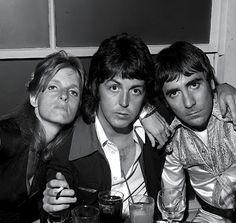 Linda & Paul McCartney with Keith Moon