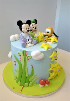 Baby Disney stars fishers Baby Disney stars fishers by Clara<br> Pastel Mickey, Mickey And Minnie Cake, Minnie Mouse Cake, Baby Shower Sweets, Baby Shower Cakes, Mini Tortillas, Gorgeous Cakes, Amazing Cakes, Cake Decorating For Beginners